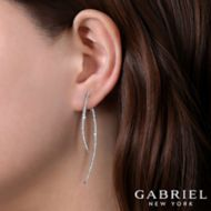 14K White Gold Fashion Earring angle
