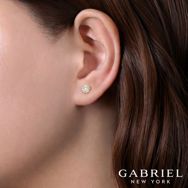 14K Yellow Gold Diamond Earring angle