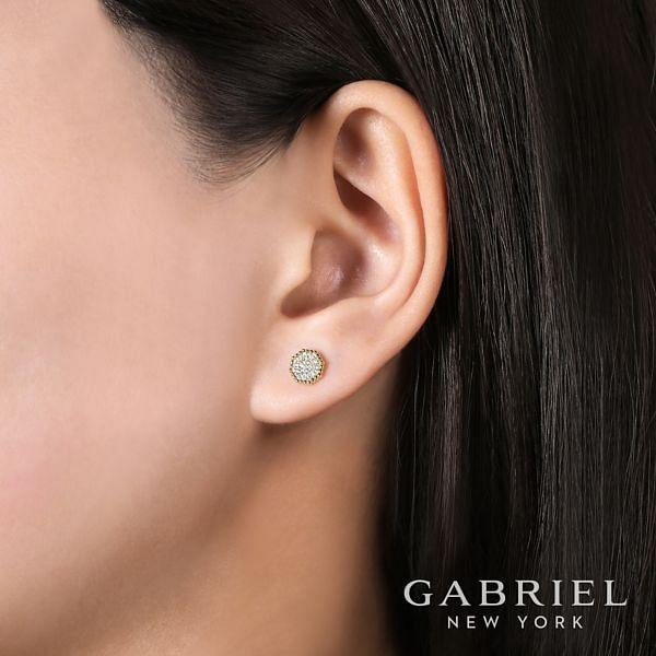 14k Yellow Gold Bujukan Stud Earrings