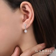 14k White Gold Grace Drop Earrings angle