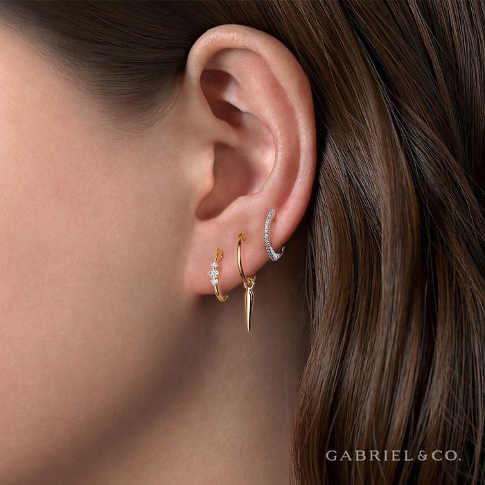 14K White Gold Round Scalloped 15mm Diamond Huggie Earrings angle