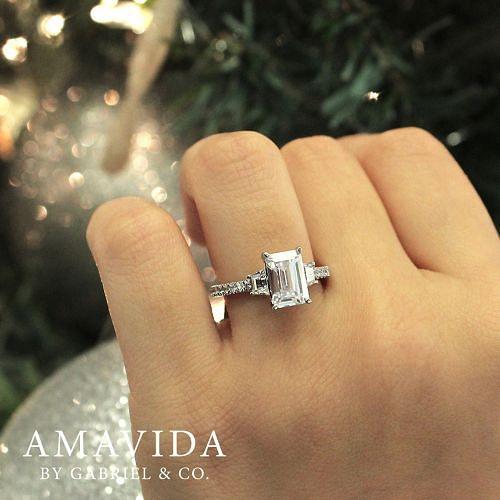 18K White Gold Emerald Cut Diamond Engagement Ring angle
