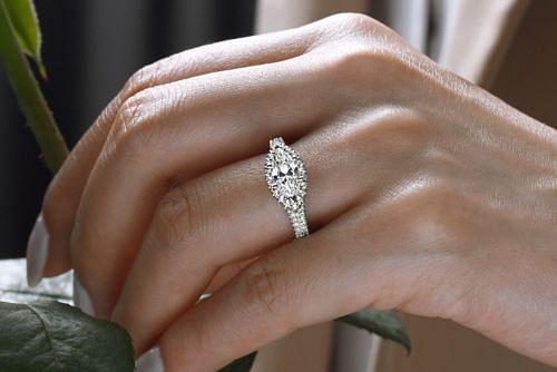 14K White Gold Horizontal Marquise Halo Diamond Engagement Ring angle