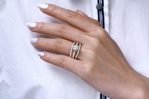 14K White-Yellow Gold Round Diamond Engagement Ring angle