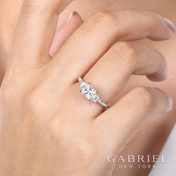 14K White Gold Princess Cut 3 Stone Diamond Engagement Ring