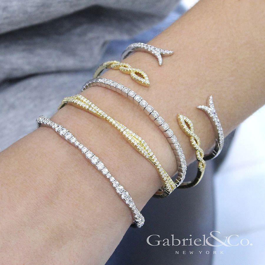 14K White Gold Diamond Bangle angle