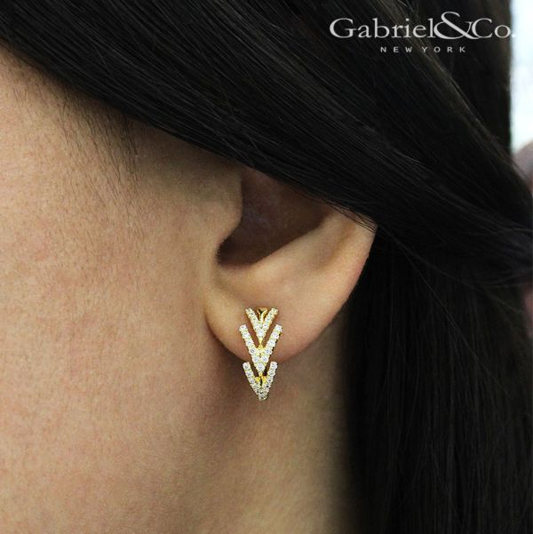 14k Yellow Gold Huggies Huggie Earrings angle
