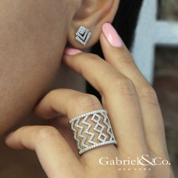 14k White Gold Art Moderne Stud Earrings angle