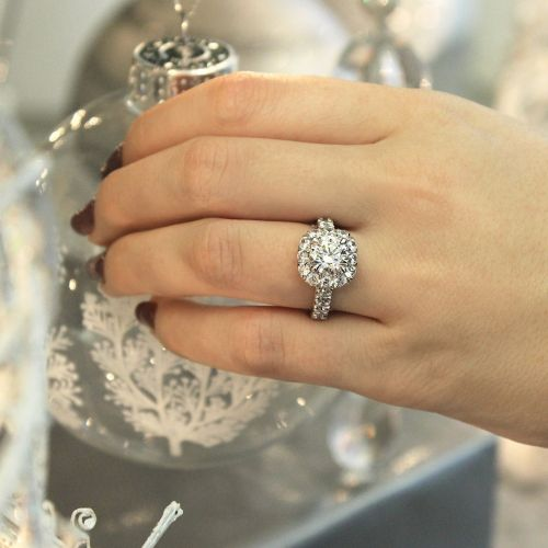 18K White Gold Cushion Halo Round Diamond Engagement Ring angle