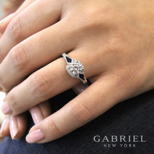18K White Gold Round Sapphire and Diamond Engagement Ring angle