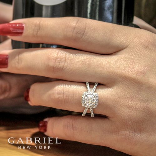 14K White Gold Cushion Halo Round Diamond Engagement Ring angle