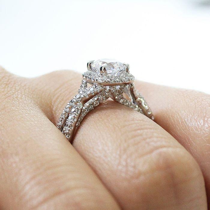 14K White Gold Round Halo Diamond Engagement Ring angle