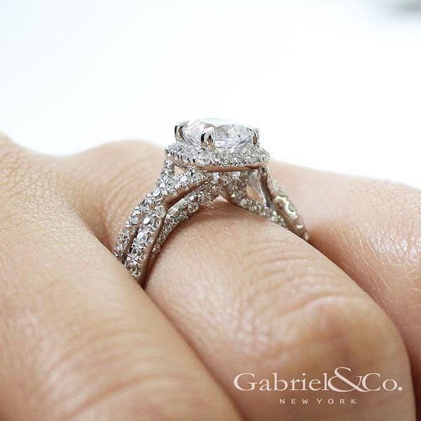 Freesia 14k White Gold Round Halo Engagement Ring angle