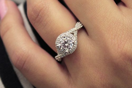 14K White Gold Round Halo Diamond Engagement Ring angle