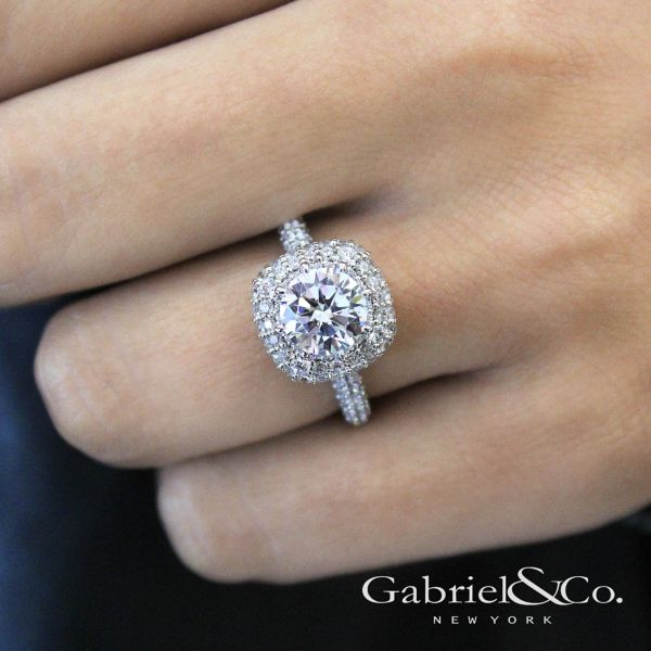 Stellar 18k White Gold Round Double Halo Engagement Ring angle