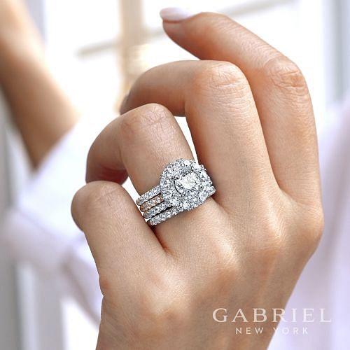 18K White-Rose Gold Round Double Halo Diamond Engagement Ring angle