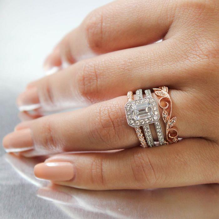 Vintage 14K White Gold Emerald Halo Diamond Engagement Ring angle