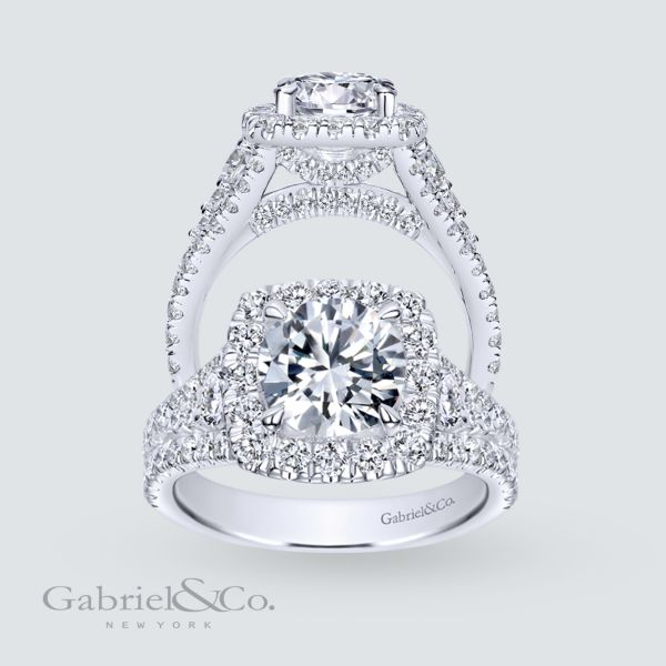 Janet 18k White Gold Round Halo Engagement Ring angle