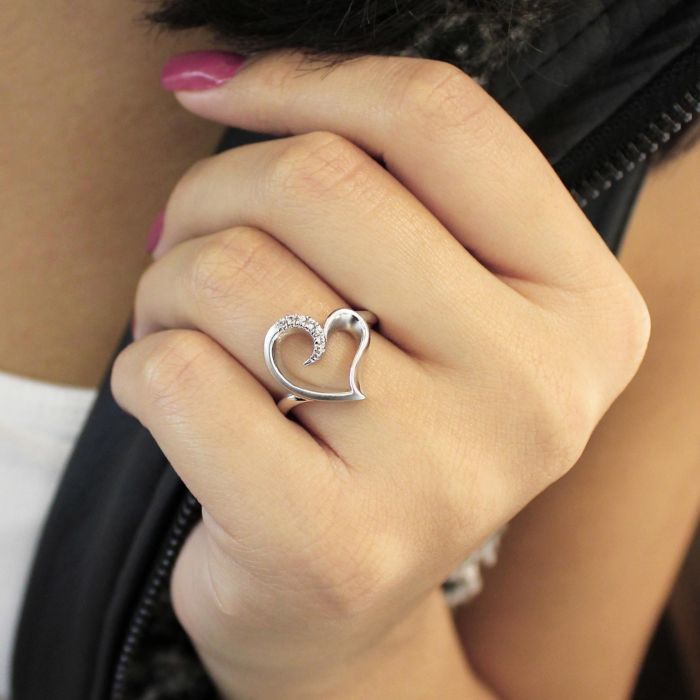 925 Sterling Silver Asymmetrical Open Heart White Sapphire Ring angle