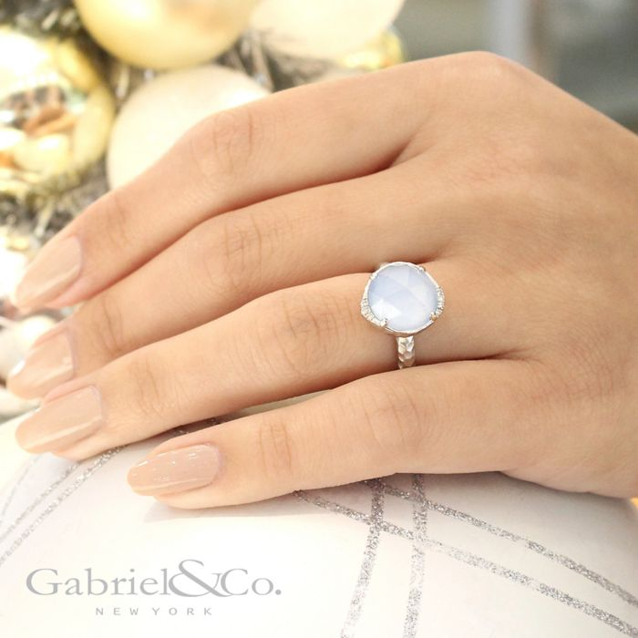 925 Sterling Silver Round Rock Crystal / Blue Jade Ladies Ring angle