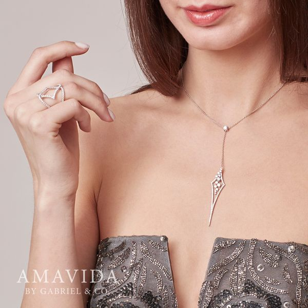 18k White Gold Kite Shaped Diamond Y Knots Necklace angle