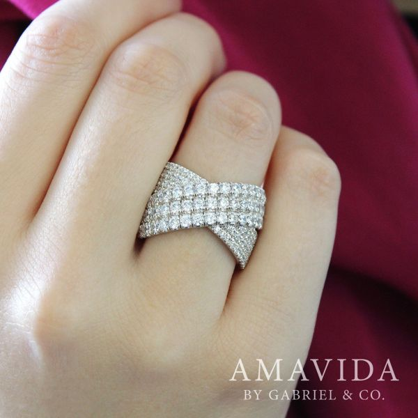 18k White Gold Contemporary Wide Band Ladies' Ring angle