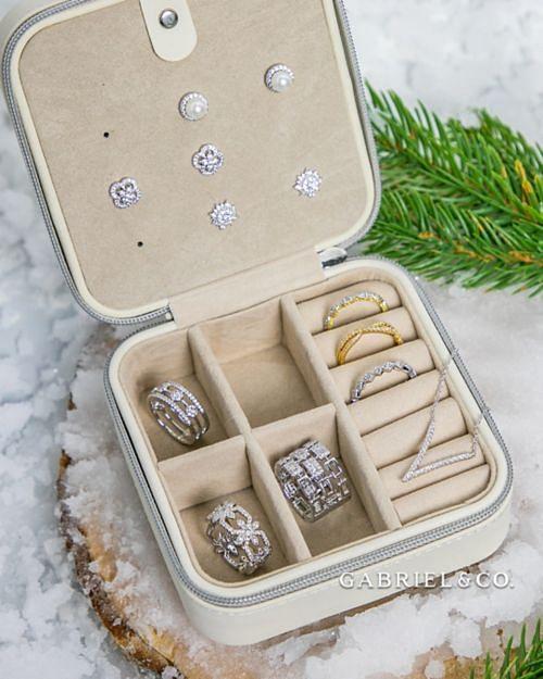 Travel Jewelry Case angle