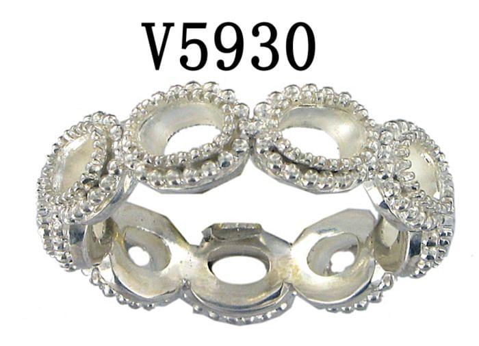 Silver Fashion Ladies Ring angle