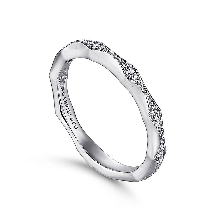 14K Rose Gold Tapering Stations Diamond Anniversary Band with Millgrain