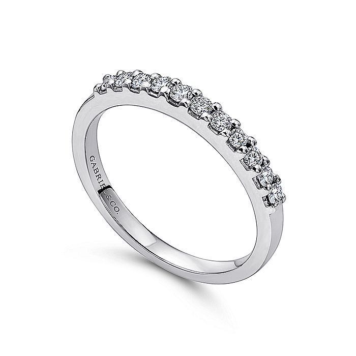 14K White Gold 11 Stone Shared Prong Set Diamond Wedding Band