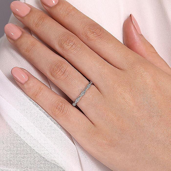 14K White Gold Graduating Diamond Eternity Ring