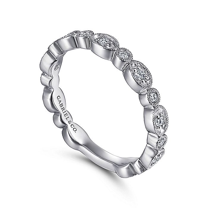 14K White Gold Graduating Station Diamond Stackable Ring