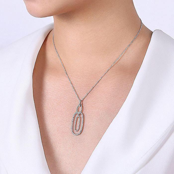 14K White Gold Interlocking Diamond Pavé Ovals Pendant Necklace