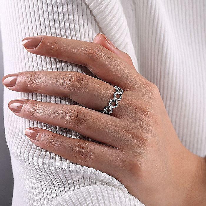 14K White Gold Open Circle Diamond Ring
