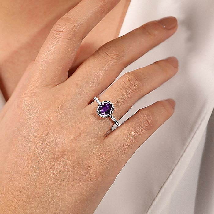 14K White Gold Oval Amethyst and Diamond Halo Ring
