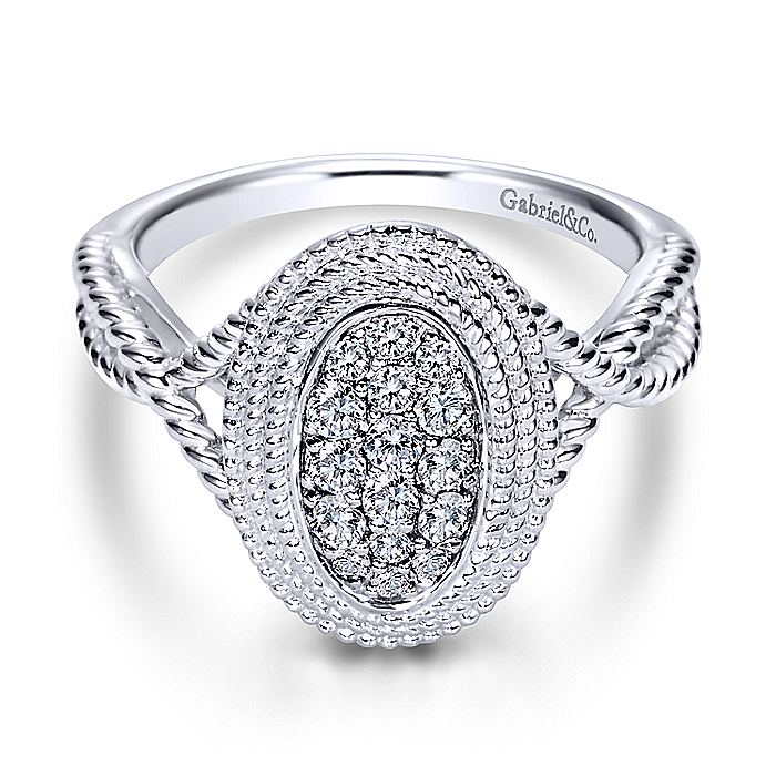 14K White Gold Oval Diamond Pavé Ring with Twisted Rope Halo and Shank