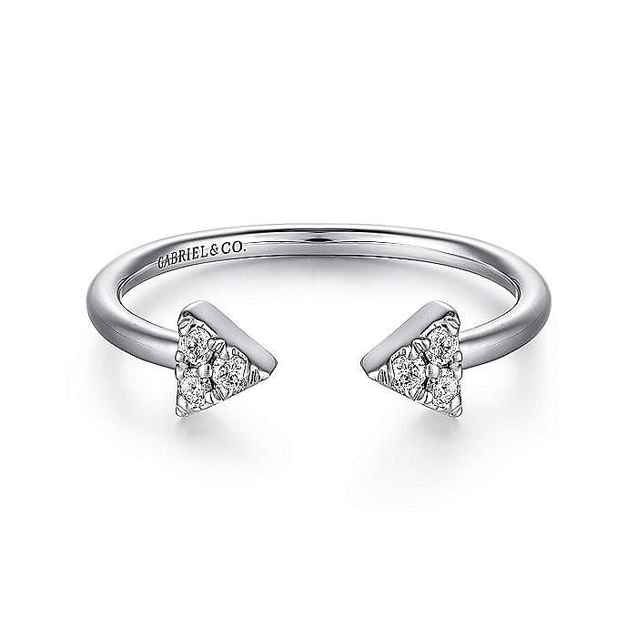 14K White Gold Pavé Diamond Triangle Split Ring