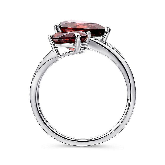 14K White Gold Pear Shape Garnet Split Ring with Diamond Accents