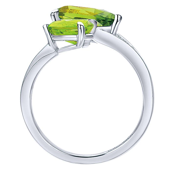 14K White Gold Pear Shape Peridot Split Ring with Diamond Accents