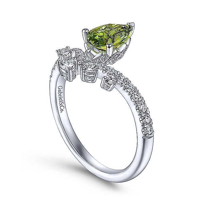 14K White Gold Pear Shaped Peridot with Diamond Burst