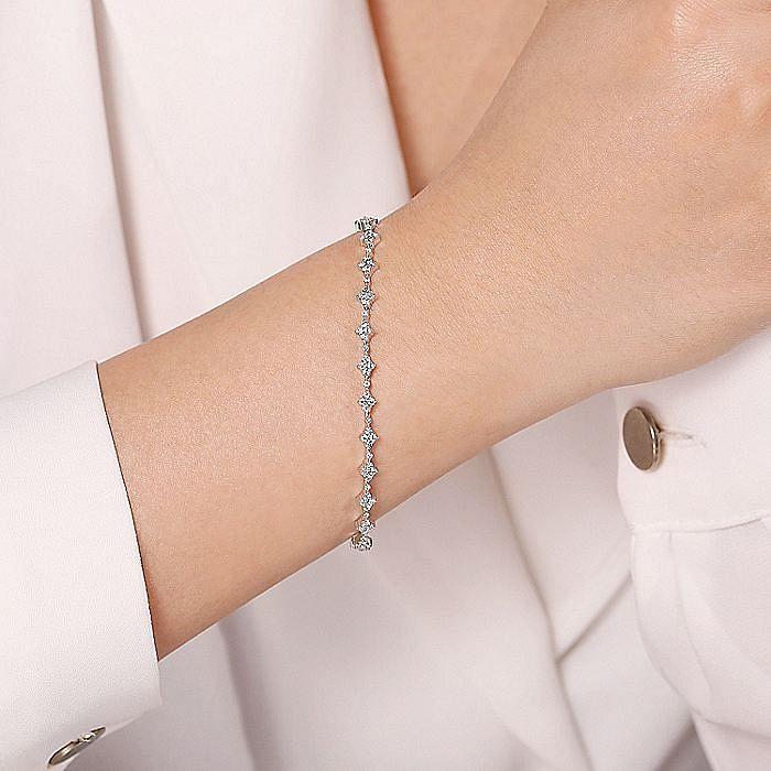 14K White Gold Quatrefoil Diamond Tennis Bracelet