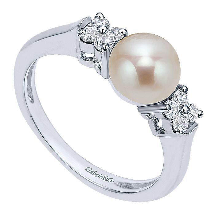 14K White Gold Ring with Pearl Center with Cluster Diamond Sides