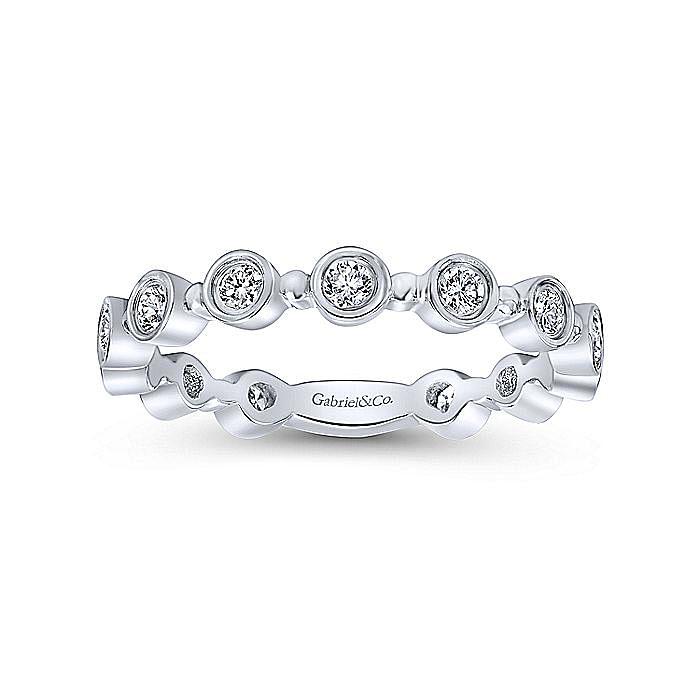14K White Gold Round Bezel Station Diamond Stackable Ring