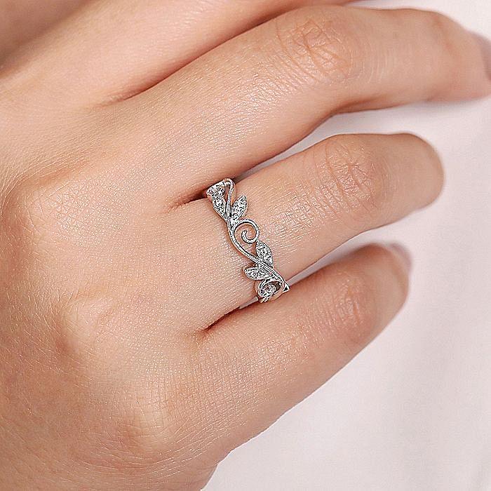 14K White Gold Scrolling Floral Diamond Ring