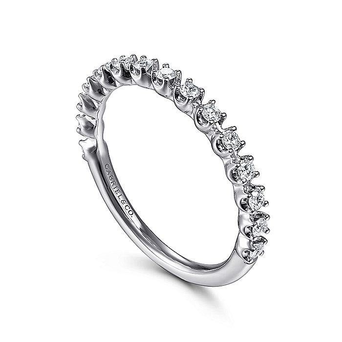 14K White Gold Single Prong Diamond Band