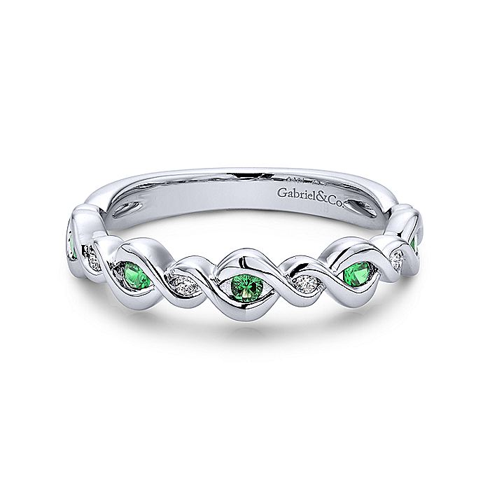 14K White Gold Twisted Ring with Emerald and Diamond Stones