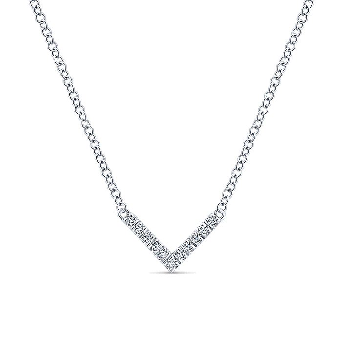 14K White Gold V Shaped Diamond Bar Necklace