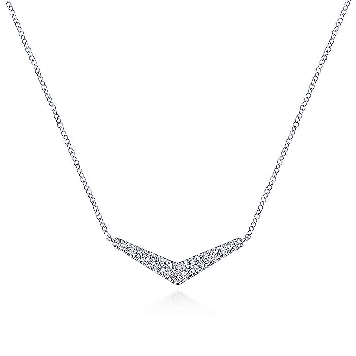 14K White Gold V Shaped Diamond Bar Pendant Necklace
