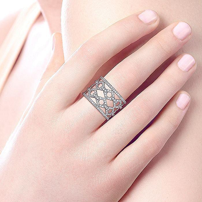 14K White Gold Wide Open Geometric Diamond Ring