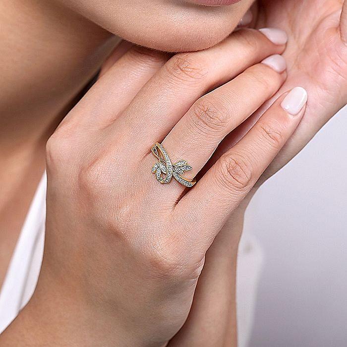 14K Yellow Gold Bypass Leaves Diamond Ladies Ring